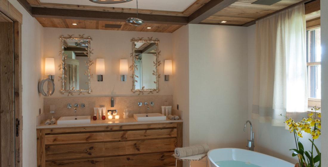 Cryst'Aile Bathroom