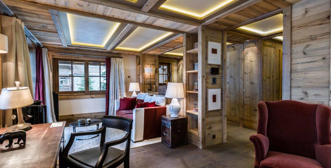 Chalet-les-Bastidons-bedroom-13