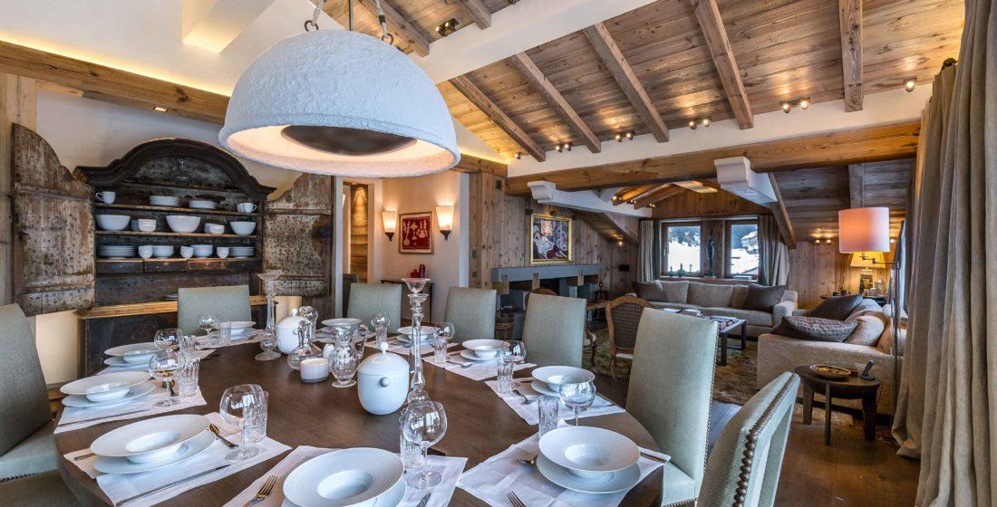 Chalet-les-Bastidons-dining-room-1