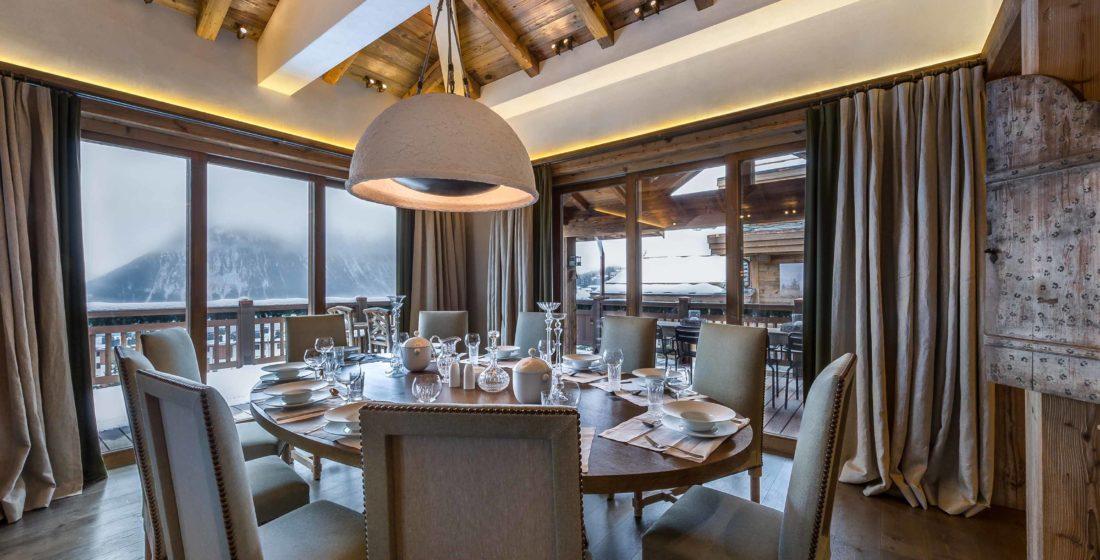 Chalet-les-Bastidons-dining-room-2