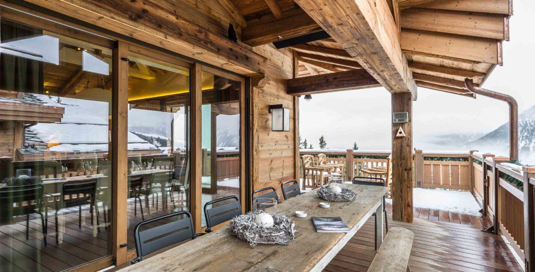 Chalet-les-Bastidons-terrace-1